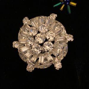 Albert Weiss rhinestone brooch Vintage